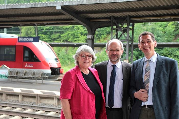 Jens Kamieth: Bahnverbindung Siegen - Frankfurt optimieren