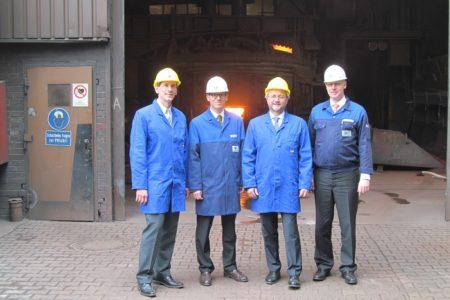 Jens Kamieth und Volkmar Klein besuchen die Gontermann-Peipers GmbH