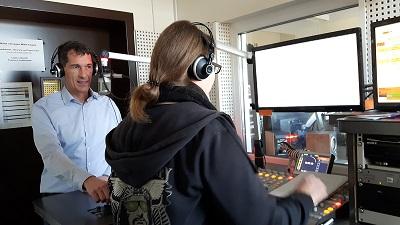 Jens Kamieth besucht das Campus Radio der Universität Siegen
