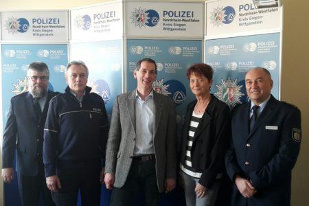 CDU-Landtagsabgeordnete Anke Fuchs-Dreisbach und Jens Kamieth zu Gast bei der Kreispolizeibehörde